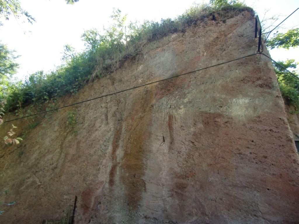 …dass die Lava hier in 2 Richtungen abgeflossen ist (Foto: Volker Duda)