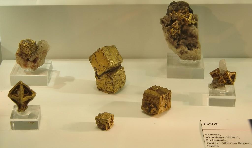 alea jacta est oder Kubismus in Gold