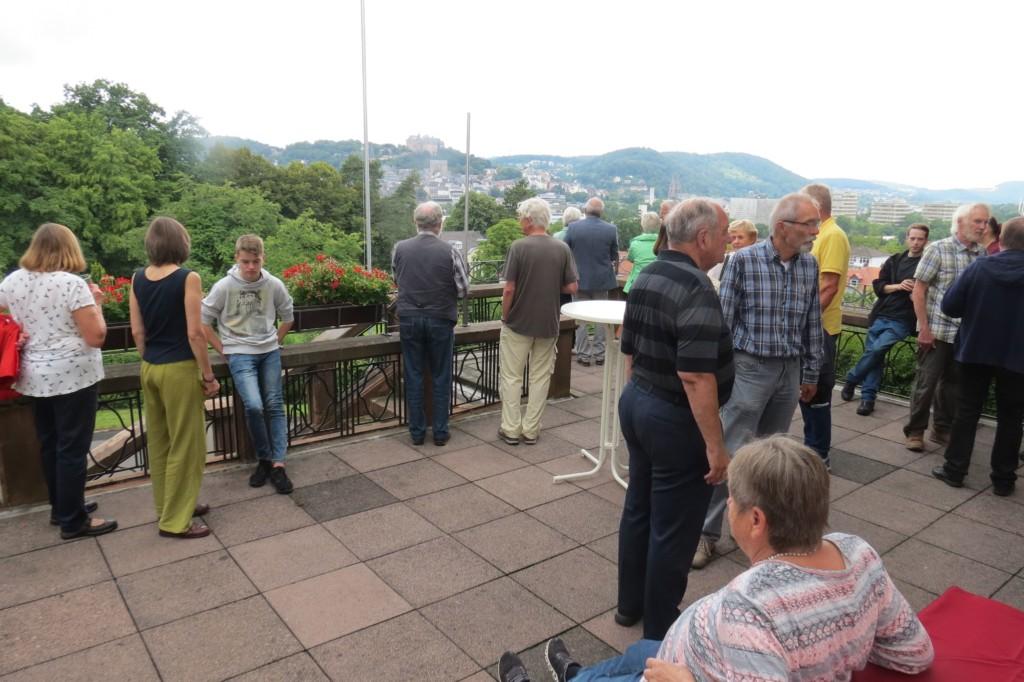 Abb.1: Ausblick von der Terrasse des ATV-Hauses über Marburg