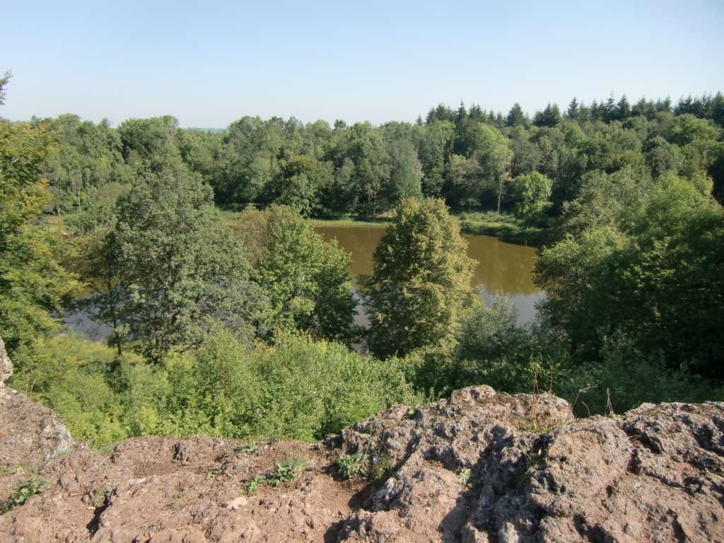 Abb. 5: vom Gipfel Blick auf den Windsborn Kratersee (Foto: Volker Duda)