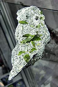 flaschengrün gläserne Sphene