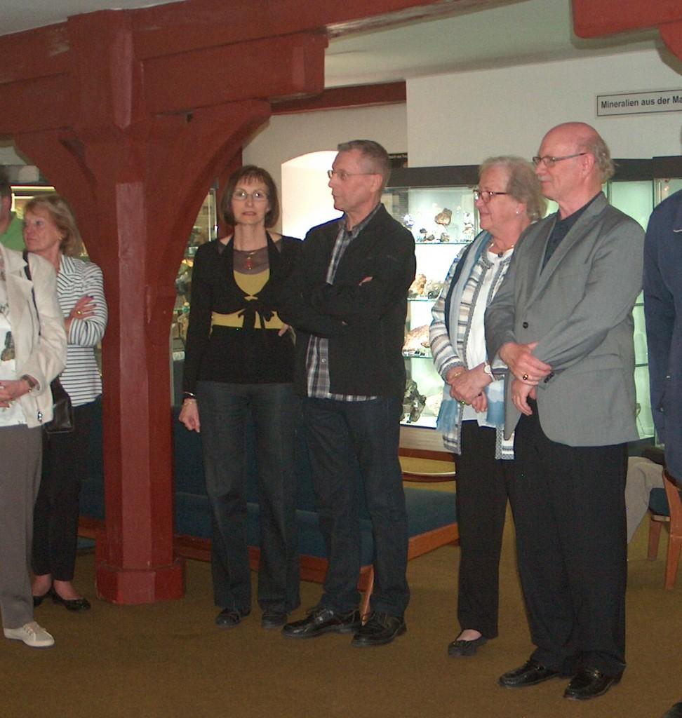 Sammler und Edelsteinschleifer: Herr und Frau Pélisson (links) und Herr und Frau Jerusalem bei der Eröffnung der Ausstellung